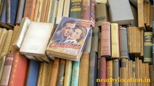 daryaganj sunday book market address location