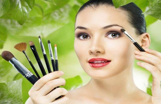 top best beauty parlor in delhi