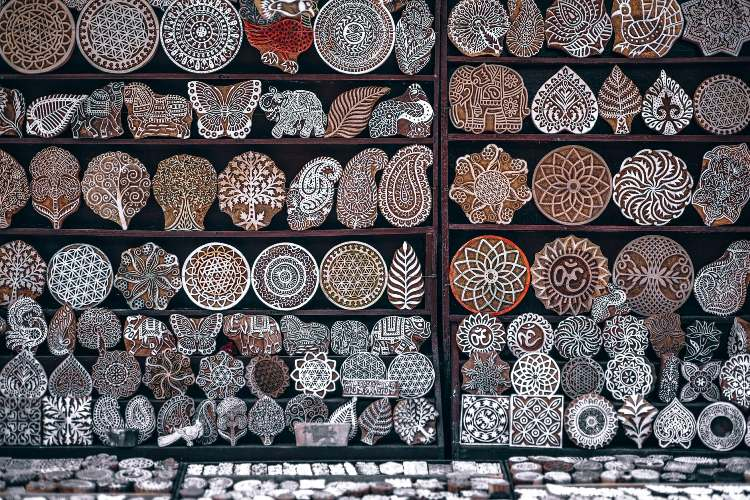 Crafts Museum New Delhi Location Timing Entry Fees Contact Details